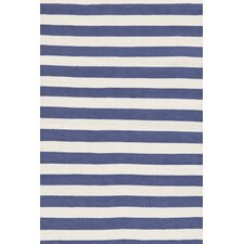 Indoor/Outdoor Trimaran Blue/White Striped Outdoor Area Rug