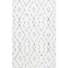 Beaulah Hand-Tufted White Area Rug