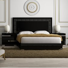 Vivente Panel Bed