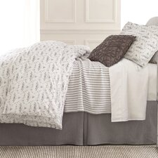 Town and Country Matelasse Coverlet