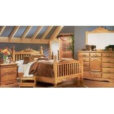 Country Heirloom Panel Customizable Bedroom Set