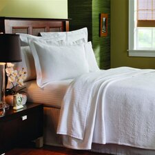 Matelassé Season Butterfield Coverlet