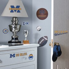 Collegiate Sports Appliqué 25 Piece Michigan Wolverines Wall Decal