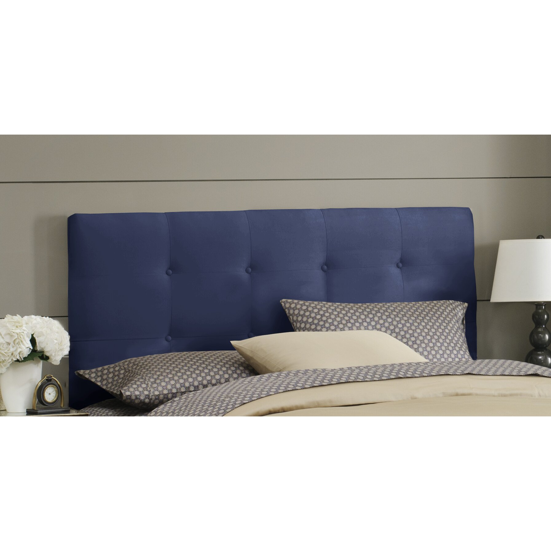 Skyline Furniture Double Button Tufted Upholstered