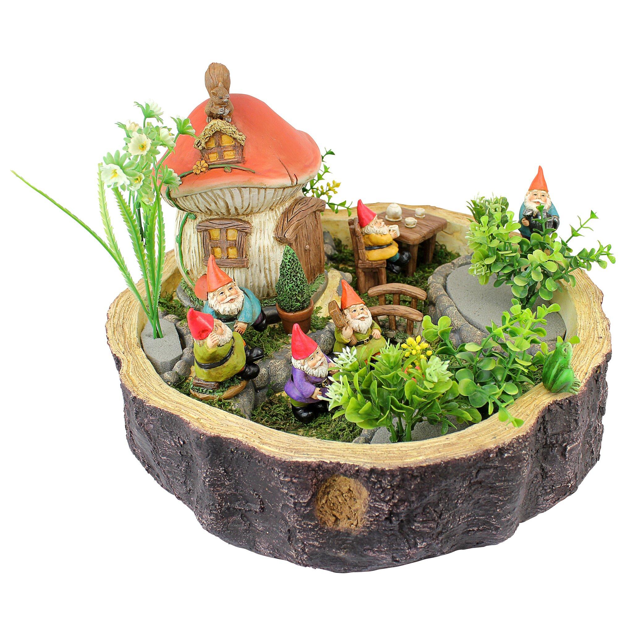 Gnome Garden: Tiny Forest Friends Gnome Garden Statue
