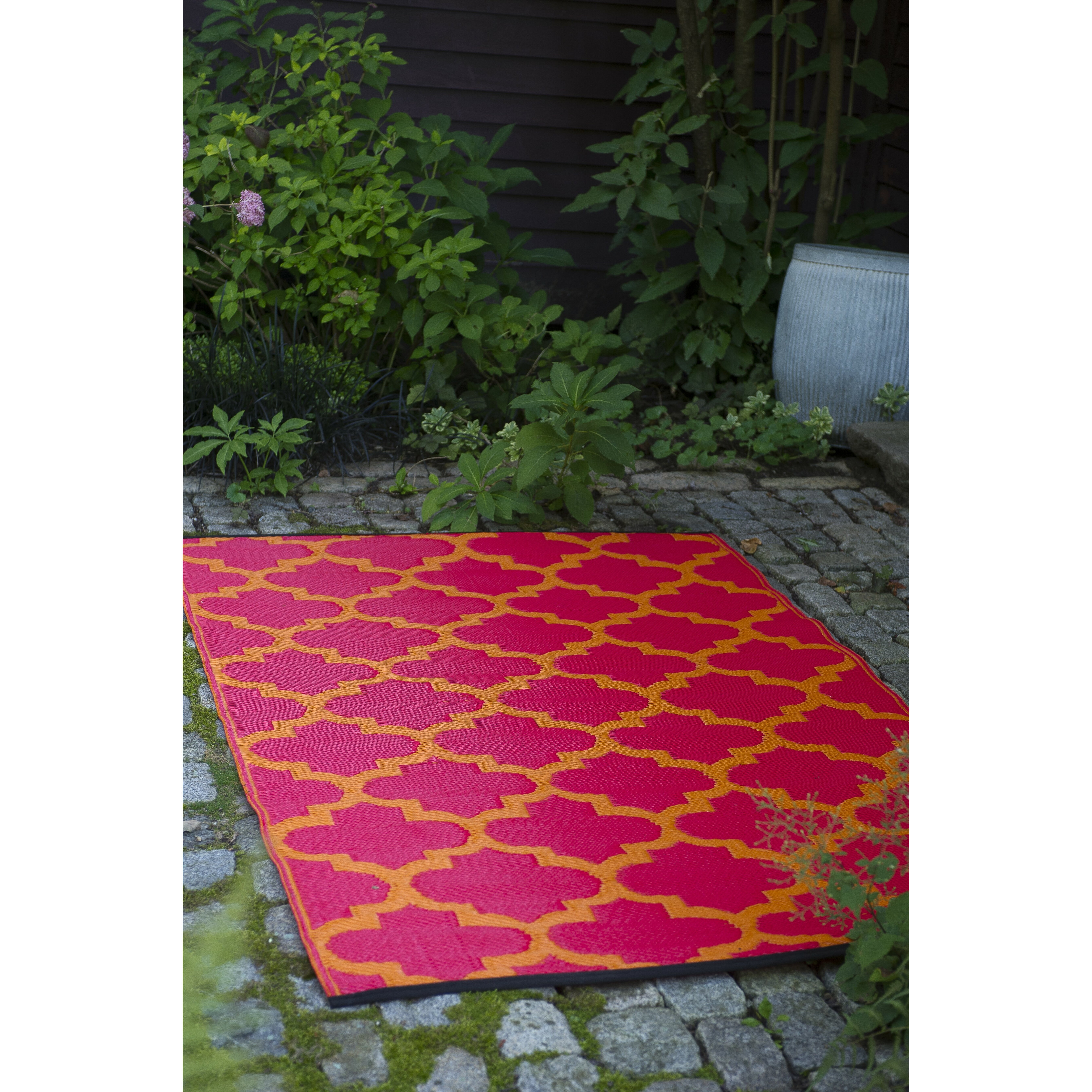 Tangier Orange Peel & Rouge Red World Indoor/Outdoor Area ... - photo#40