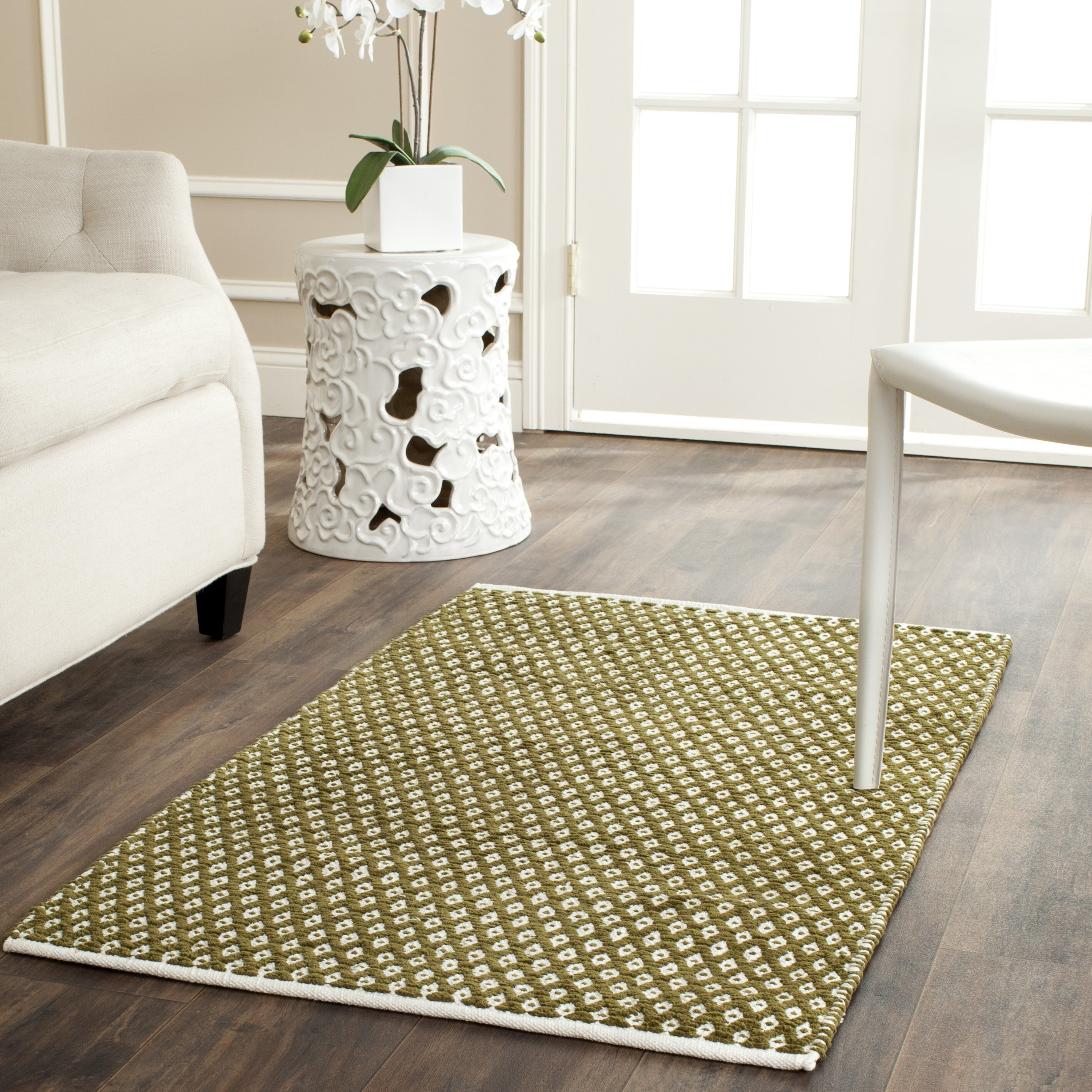 Handgetufteter Teppich Amherst in Olivgrün von