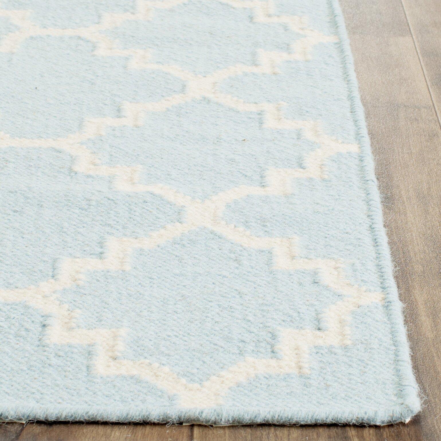 Teppich Dhurrie in Hellblau von Safavieh , Wayfairde