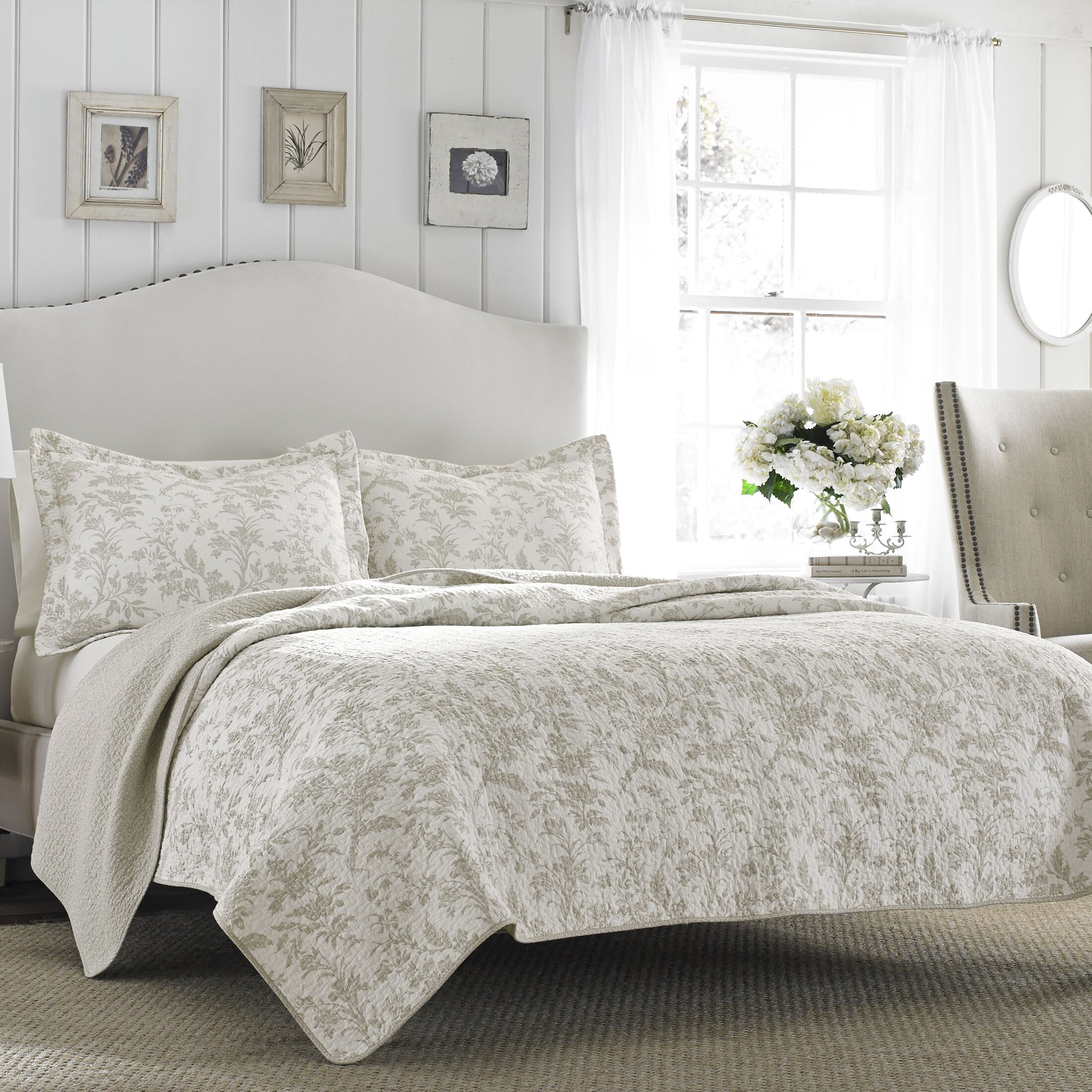 Laura Ashley Home Laura Ashley Riley Reversible Quilt Set ...
