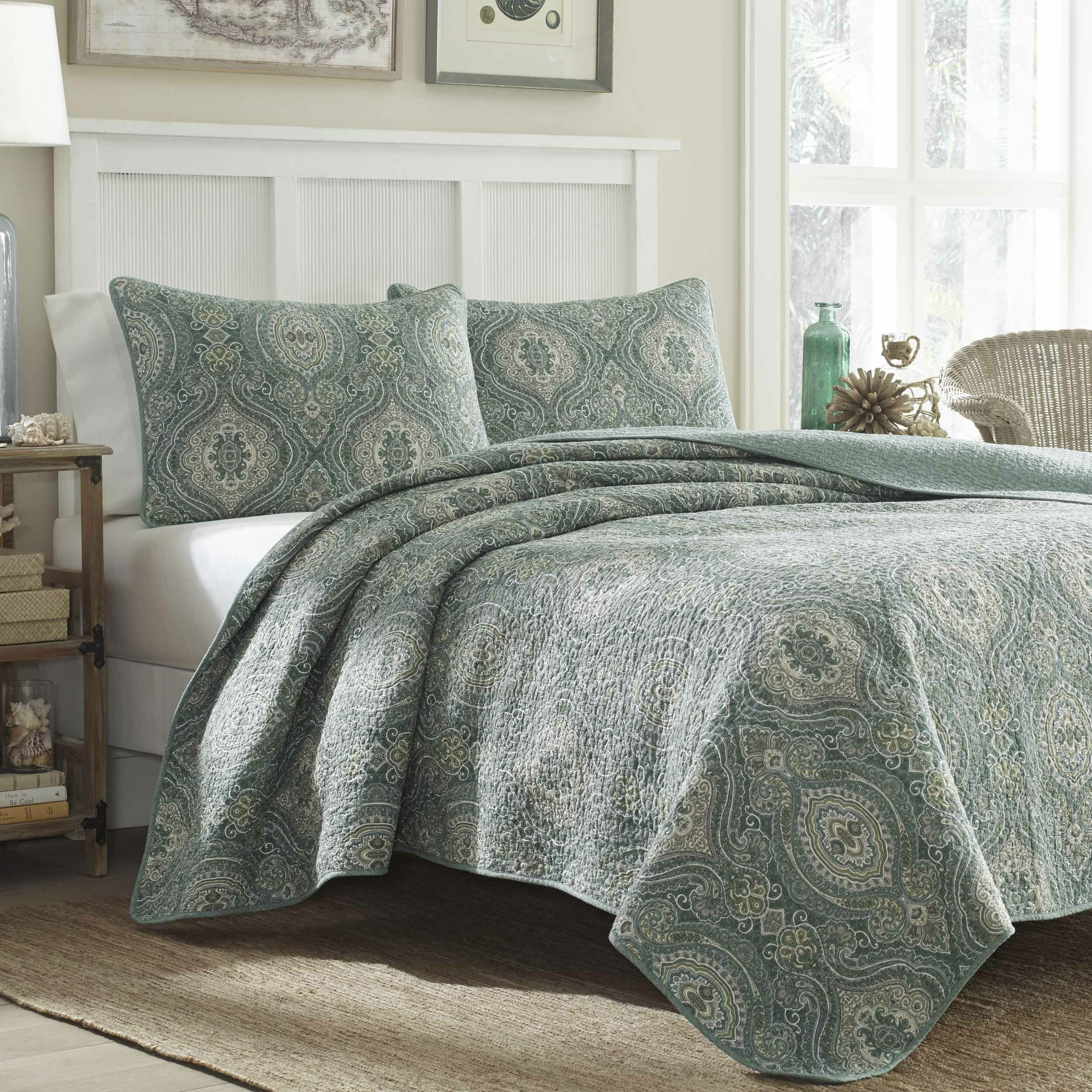 Tommy Bahama Bedding Turtle Cove Lagoon Quilt Set