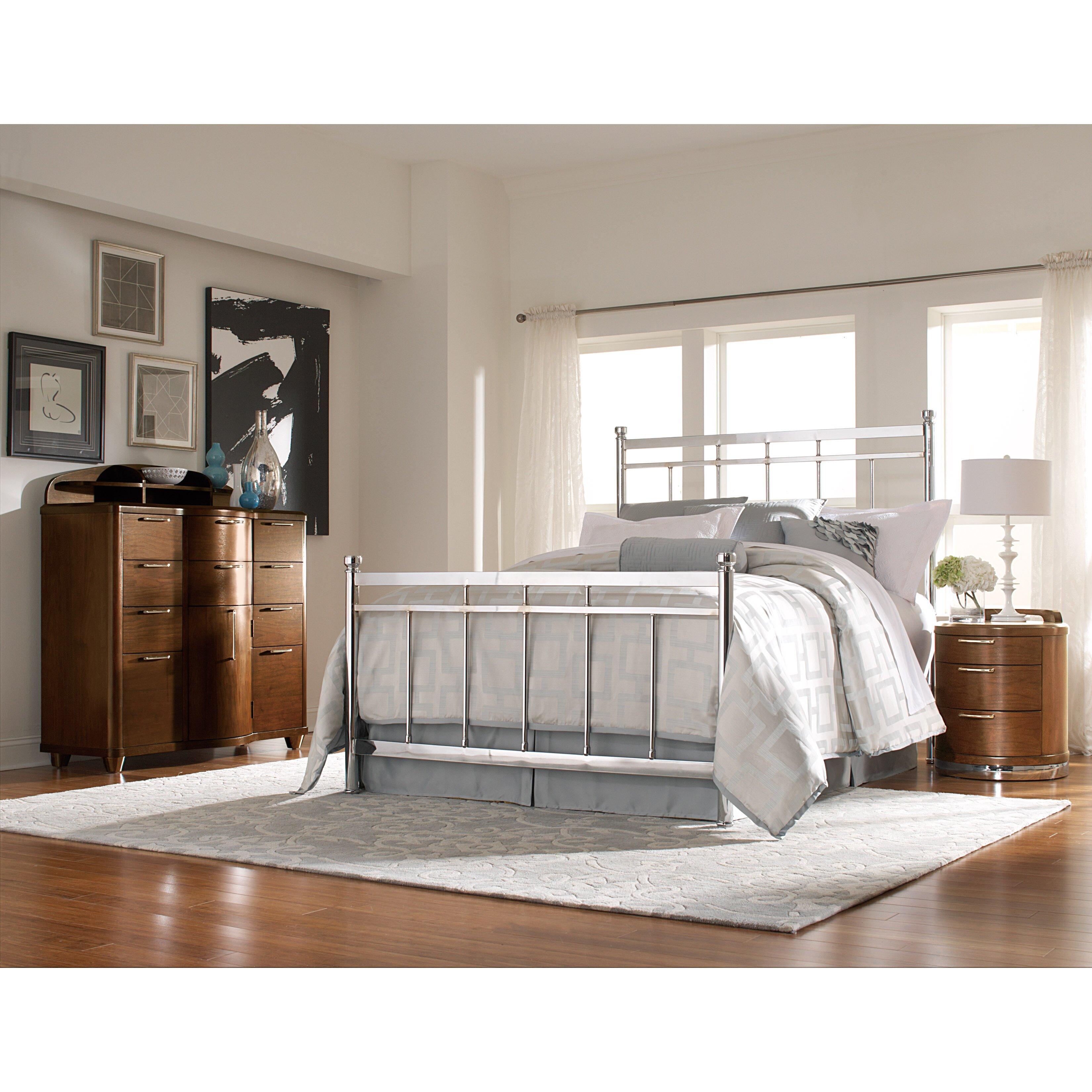 Ashley Furniture Woodbridge: Zelda Panel Bed