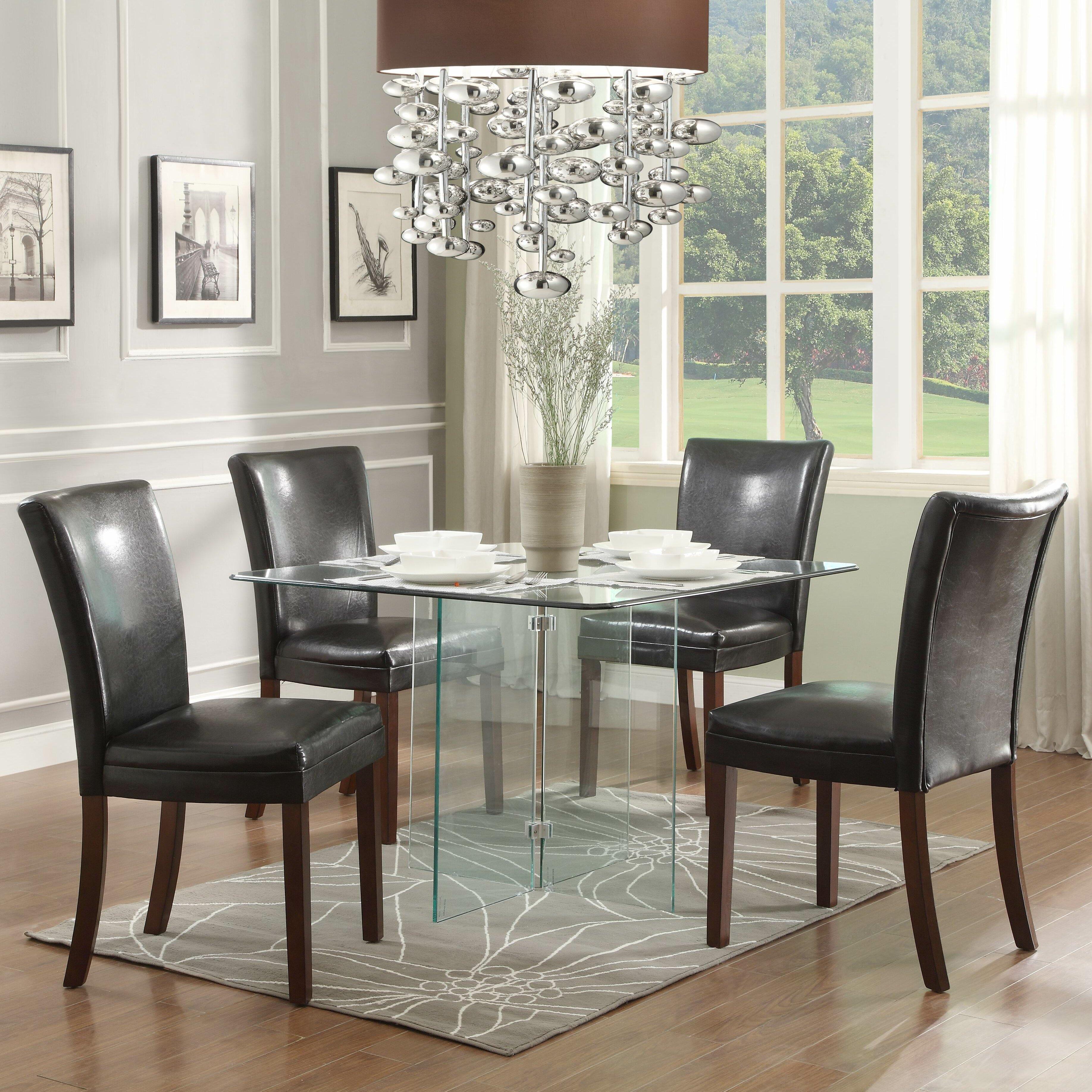 Woodbridge Home Designs Furniture