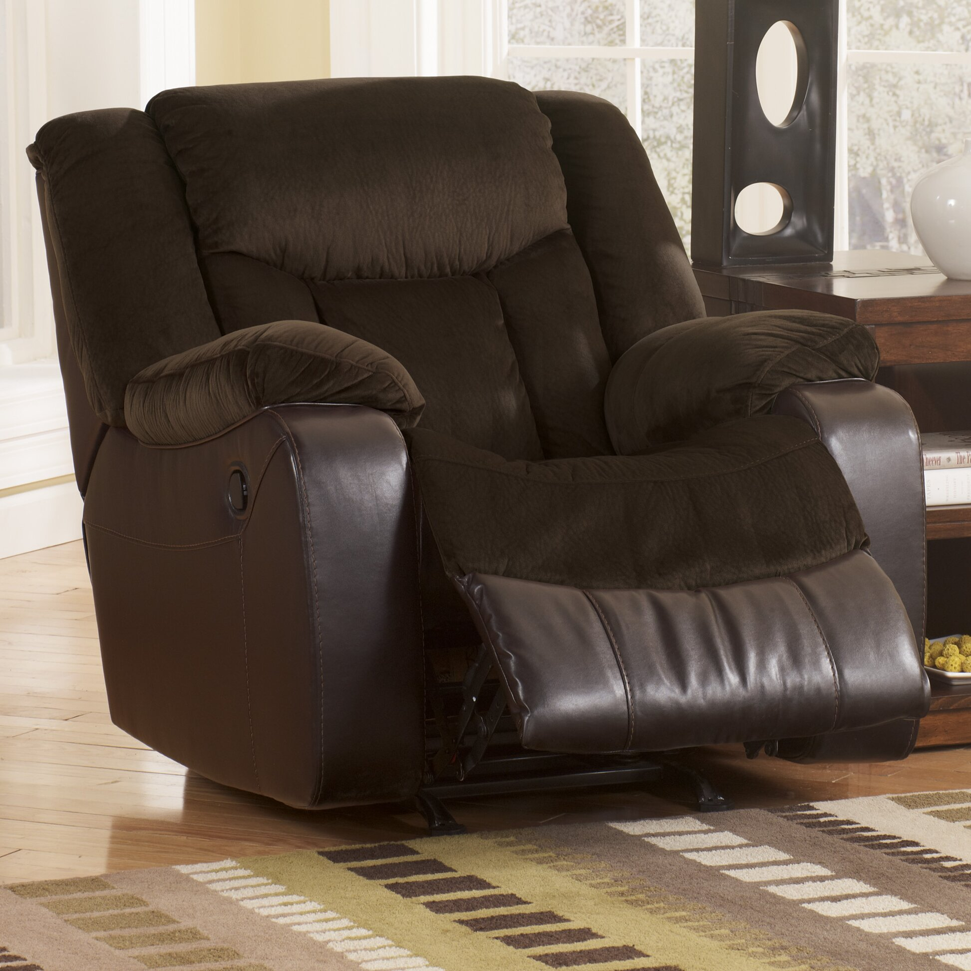 Signature design by ashley bay and chaise recliner for Ashley chaise lounge recliner