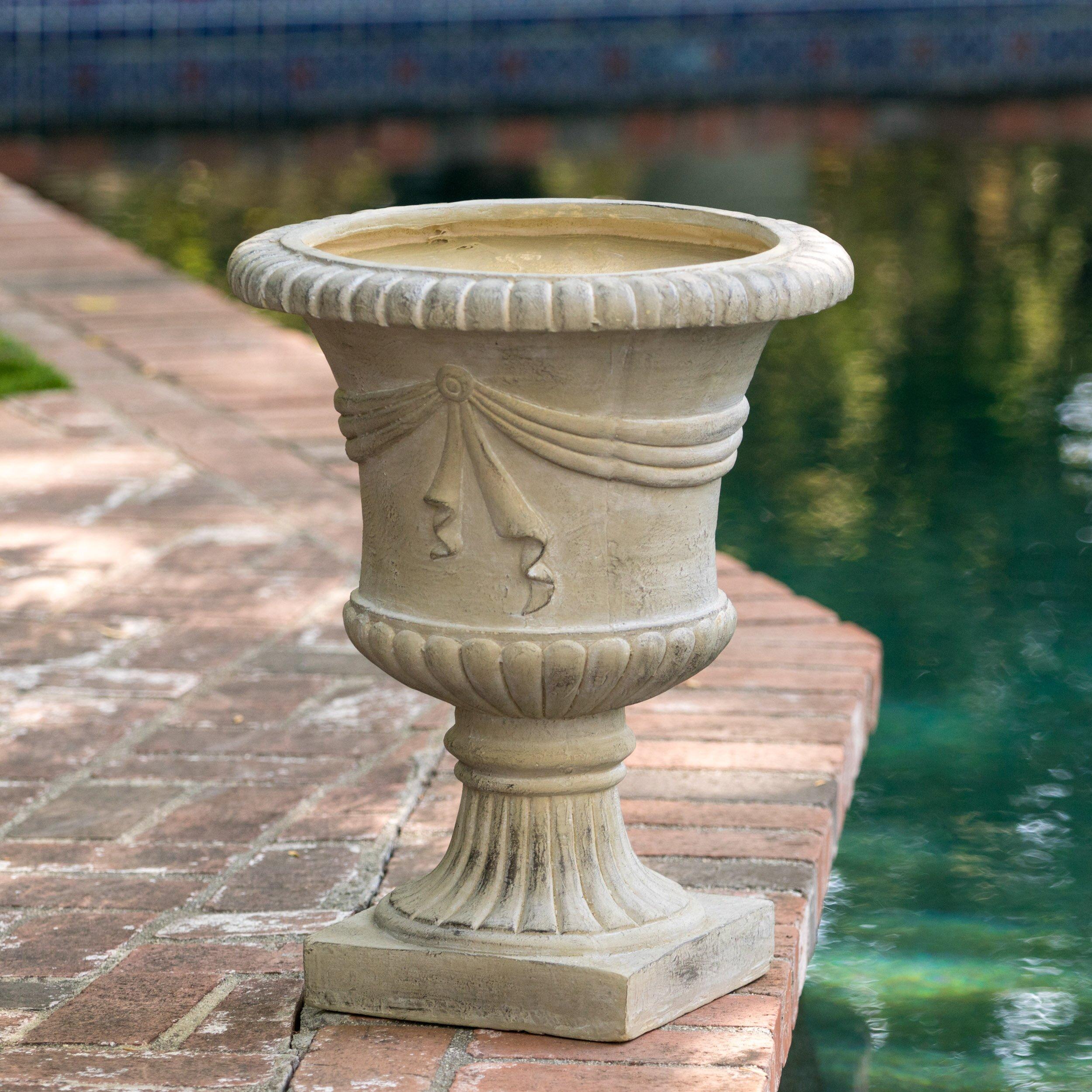 Alcott Hill Beton Novelty Urn Planter & Reviews