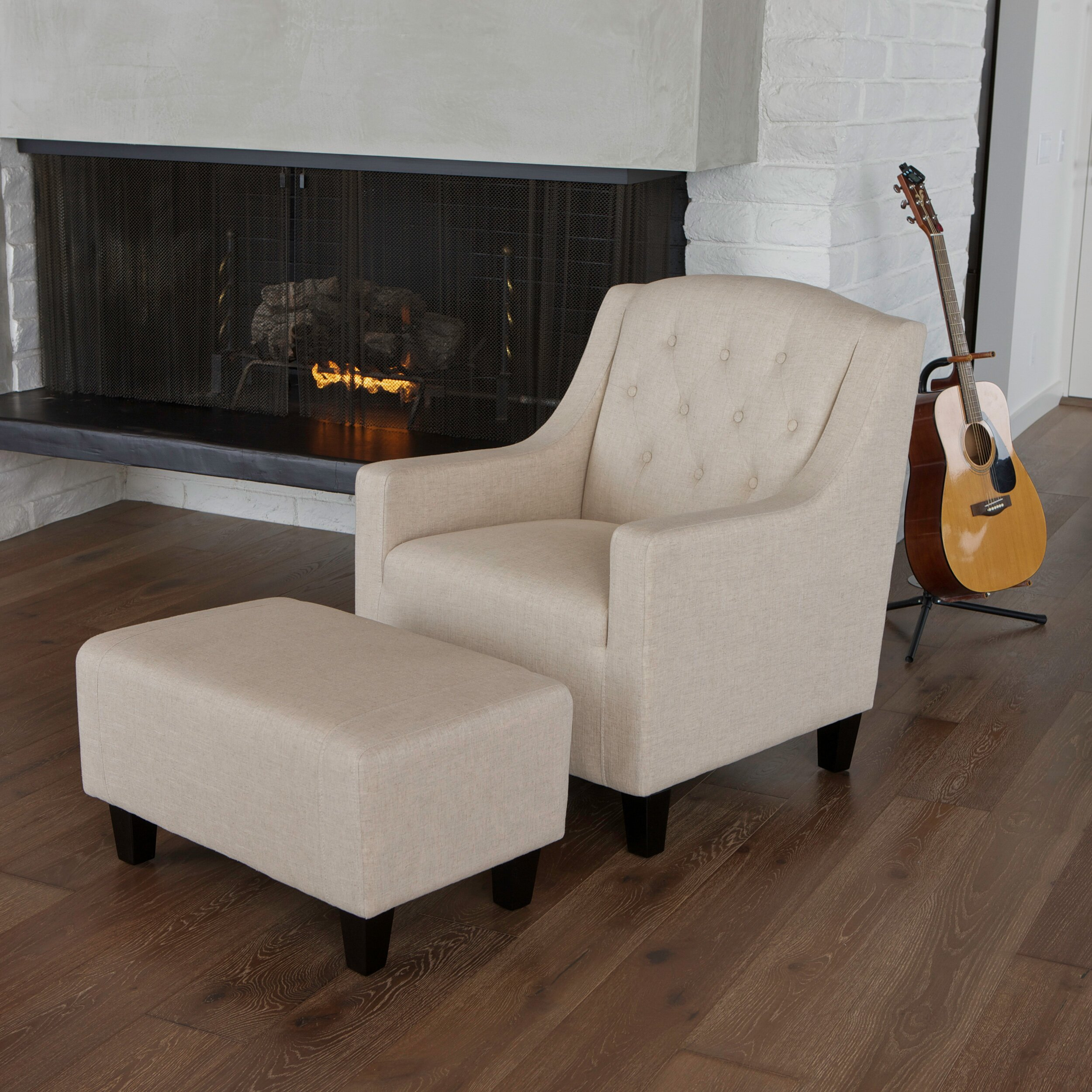 Three Posts Simpson Upholstered Club Arm Chair With