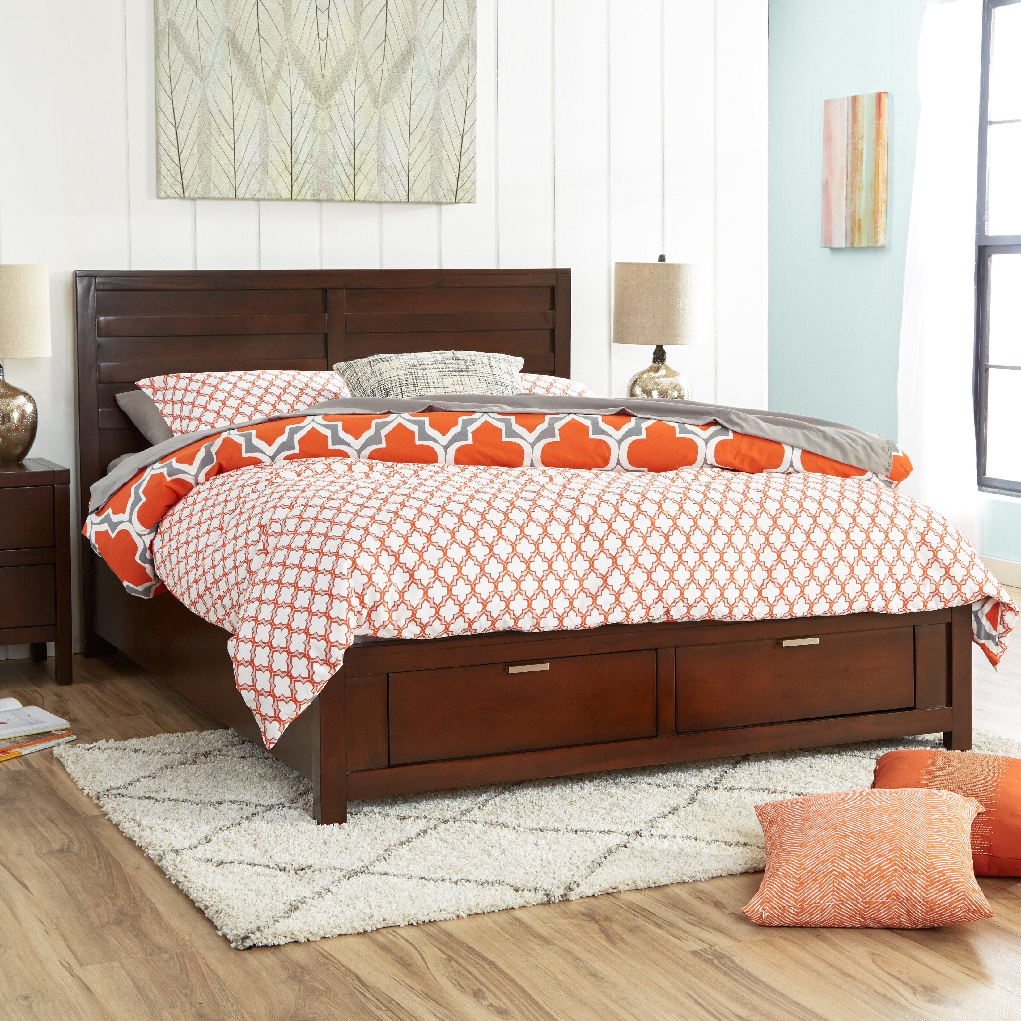 Quatrefoil Queen Bed