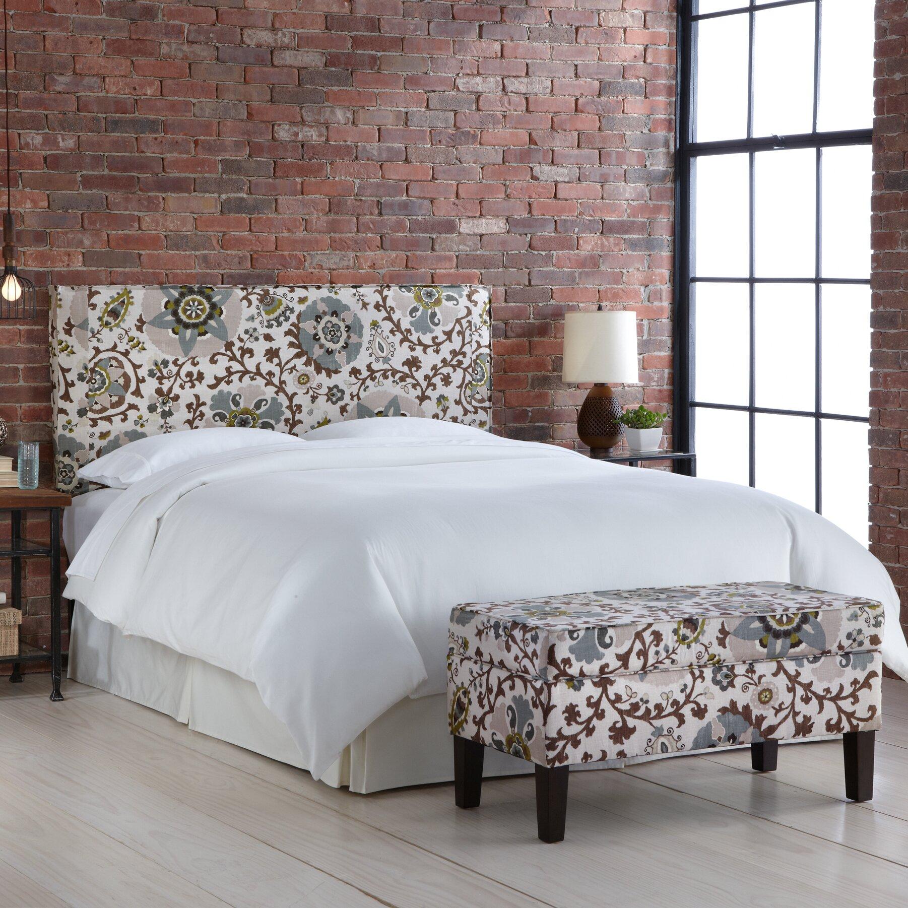 Alcott hill thurston upholstered storage bedroom bench - Bedroom storage bench upholstered ...