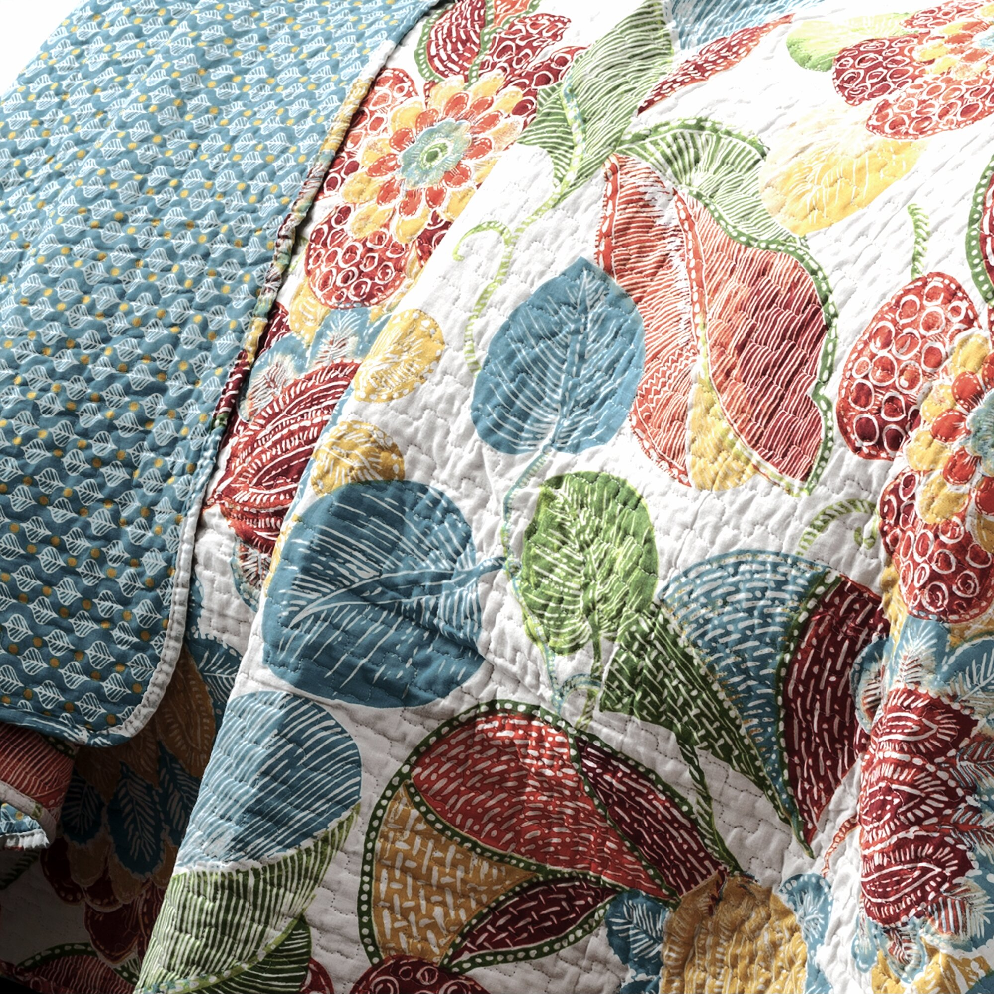 Leyla 5 Piece Fabric Modular Sectional Living Room Set Blue: 3-Piece Layla Quilt Set