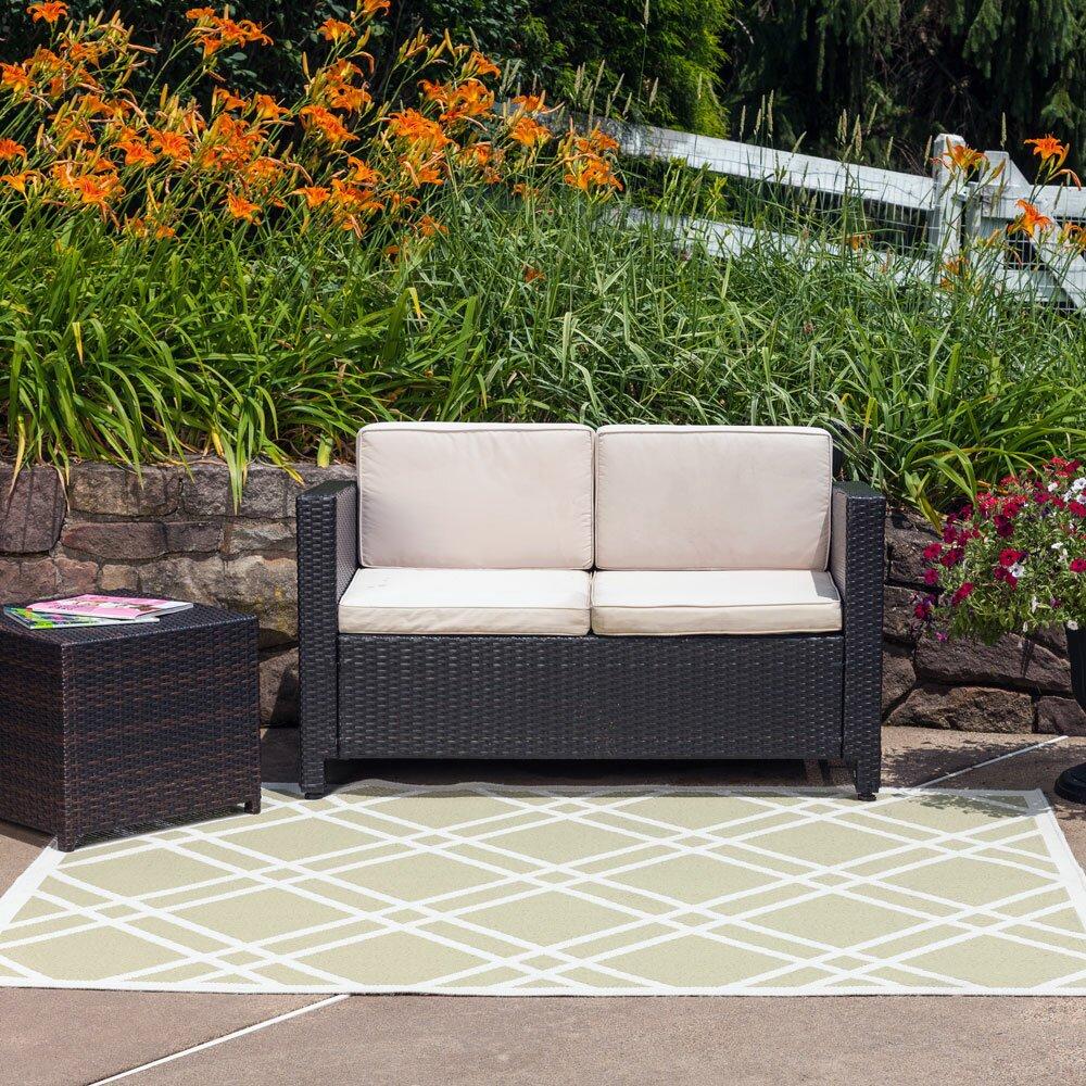 Maverick Sage Green Indoor/Outdoor Area Rug