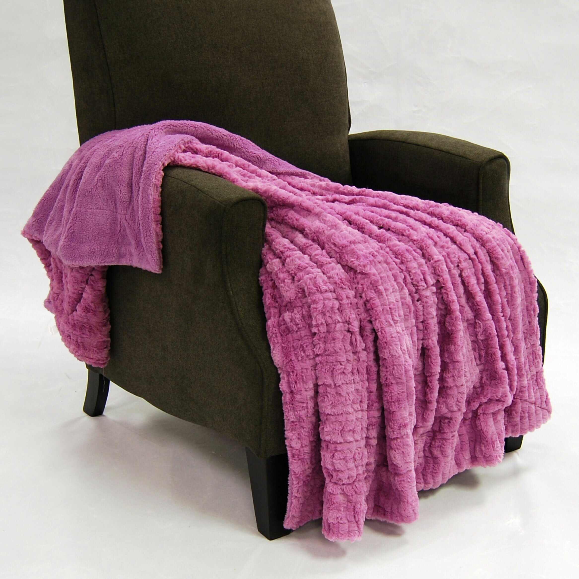 boon throw blanket fulton faux fur throw reviews wayfair. Black Bedroom Furniture Sets. Home Design Ideas