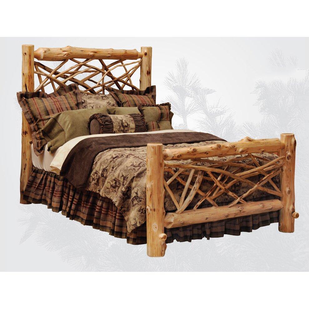 Cedar Lodge Dog Bed