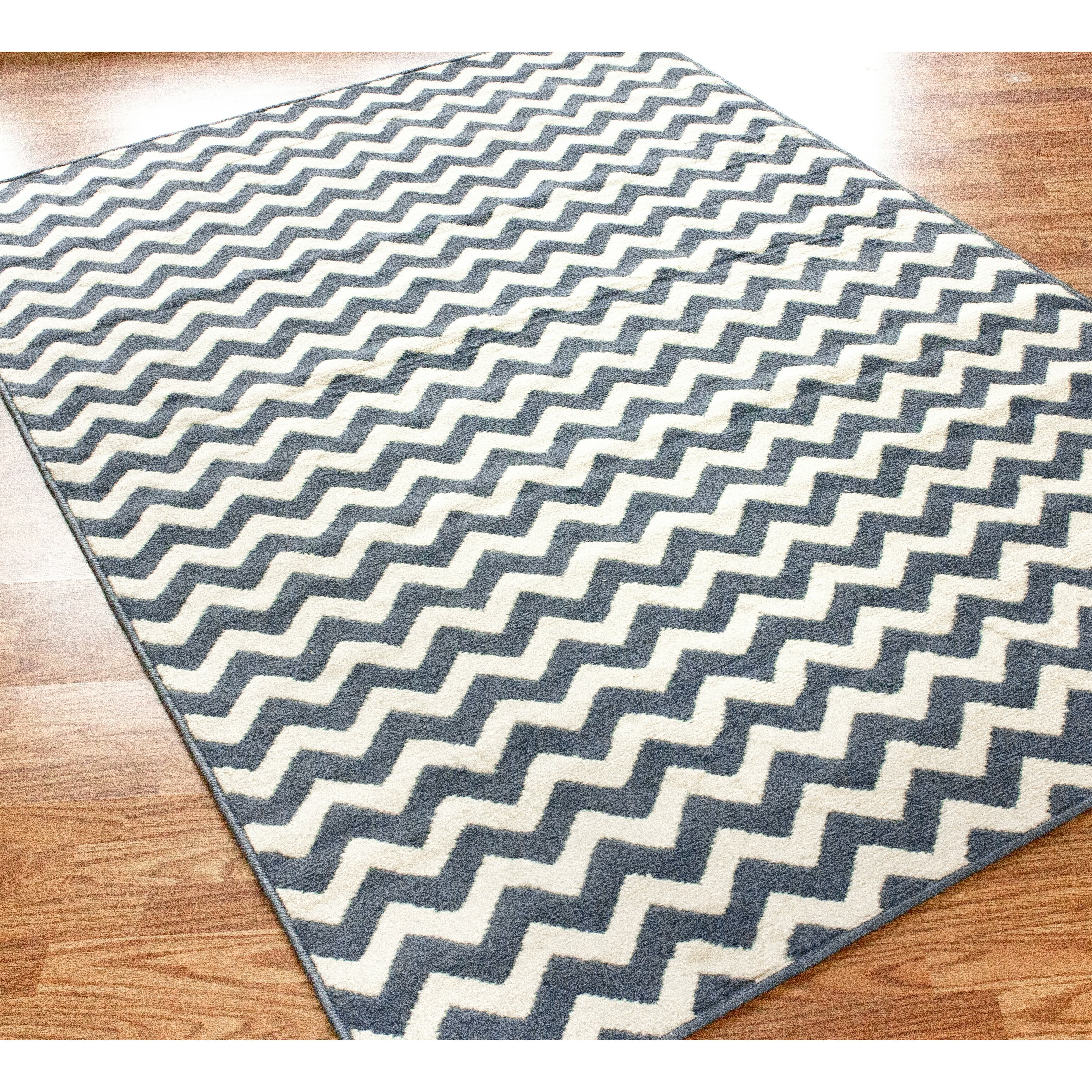 NuLOOM Poise Chevron Light Blue Area Rug & Reviews